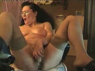 Great Hidden Cam Of My Slut Mum Masturbating On Cam