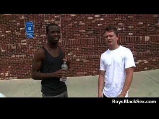 Sexy White Teen Boys Seduced By Black Muscular Guys 18