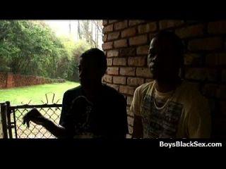 Sexy White Teen Boys Seduced By Black Muscular Guys 02