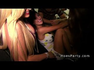 Three Amateur Babes Having Party In Garage