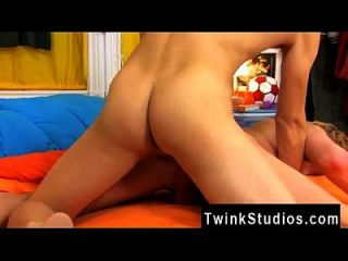 Twink Sex Gabriel Has Issues With His Parents And Patrick Lends A