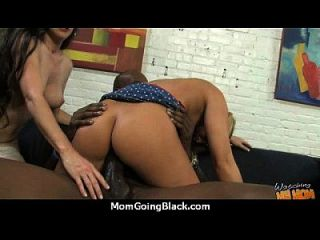 Mom Shows Us How To Handle A Bbc 29