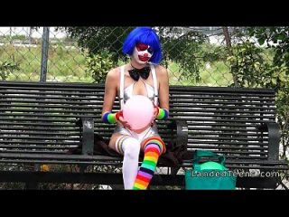 Clown Teen Fucking Outdoor Pov
