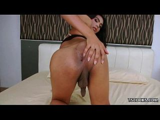 Ts Kate K And A Hung Guy Fucking Each Other