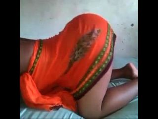 Africa Booty Lady