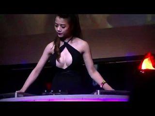 Dj Candy Ha Sexy Quẩy - Nonstop Nhạc Sàn Cực Mạnh 2015 Remix