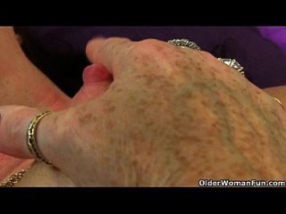 British Granny Zadi Soaks Her Tights
