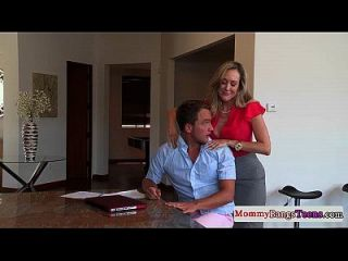 Milf Masseuse Fucks Dude With Stepdaughter