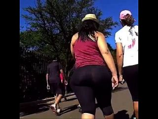 Latina Mega Butt Walking In Spandex