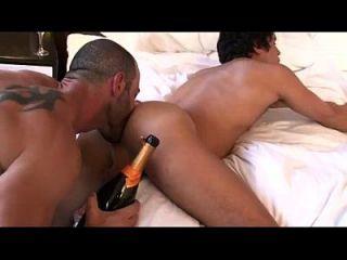 Gatoesacana.blogspot.com - Rafael Carreras Hot Flip-flop
