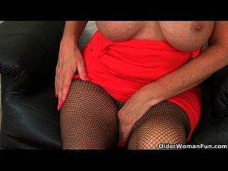British Milfs Amy And Diana Get Turned On In Fishnet Tights