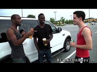 Cody Bristol Lets Black Guys Fuck Him