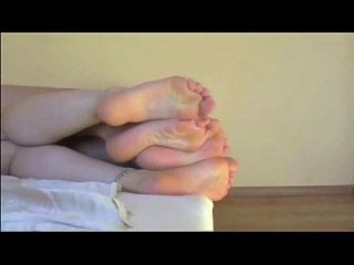 Lesbians Foot Humping