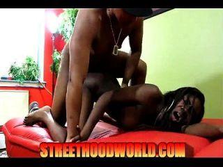 970546 Slim Amateur Ebony Gets Pounded