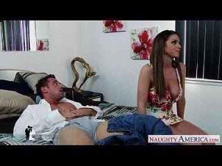 Hottie Brooklyn Chase Gets Big Tits Cummed At Wedding