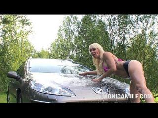 Monicamilf In A Dirty Carwash - Norsk Porno