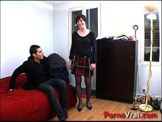 Je Me Branle Dans Ma Voiture En Roulant !!! French Amateur