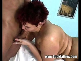 Fat Babe Gets Horny As The Mesuse Massages Her Pussy