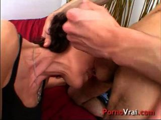 Creampie a son 1er porno on la tiens par les bras - 2 part 9