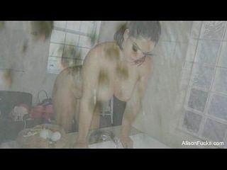 Alison Tyler Rubs Herself Down