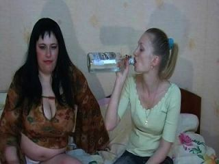 Sexy Girls Vomit Puke Puking Vomiting Gagging