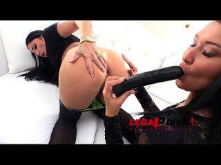 Sasha Panther & Vanessa Vaughn Anal Cream Farting With Dp & Pee Rs136