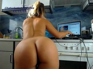 Babe Sexydea Squirting On Live Webcam