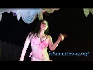 Cutest Babe Dancing On Punjabi Song