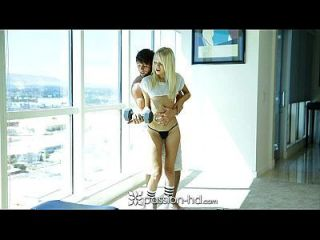 Passion-hd - Sierra Nevadah Gives Her Man A Hand With His Workout