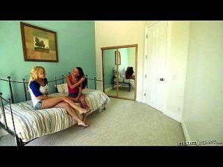 Kacy Lane And Alix Lynx At Sextape Lesbians