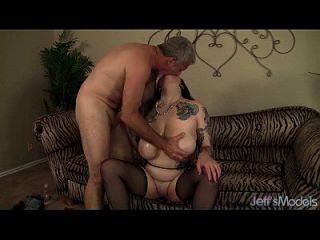 Seductive Plumper Scarlet Lavey Rides A Fat Cock