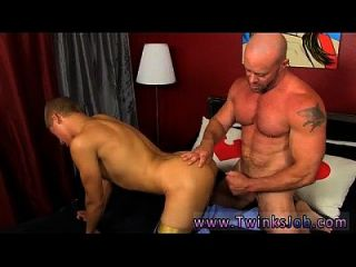 Hot Gay Scene Blade Is More Than Happy To Share His Twink Weenie And