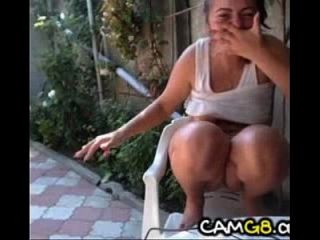 Chick Bates And Squirts On Cam Outdoors - Camg8