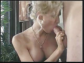 Sexy Shemale Saskya