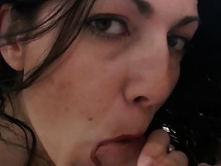 Paula being serviced while hubby eats her and film it 2