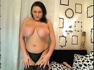 Busty Big Boobs Girl On Cam With Huge Tits