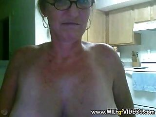 Amateur Granny With Dildo