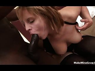 Mature Bitch Got A Hairy Pussy-2