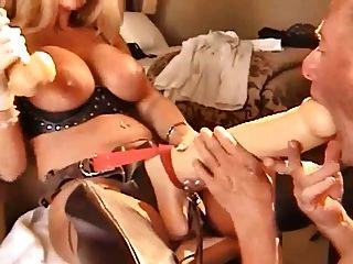 German Strapon Queen Gives A Xhamster Elf Hard Christmas Sex
