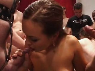 Amateur Sperma Gangbang (part 1)