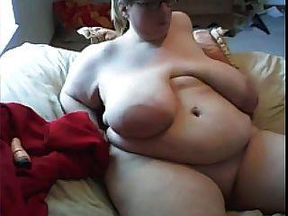 Ssbbw With Enormous Breast Masturbates On Webcam