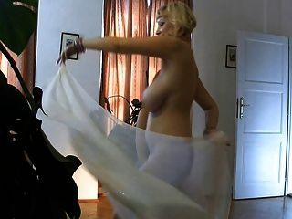 Arabic Style - Boob Swinging.