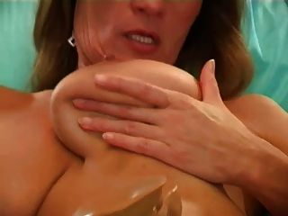 Hairy Woman Masturbation