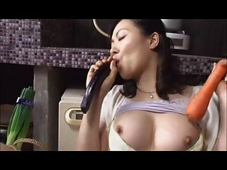 Spikespen Japanese Mother Part 5 - fryouporncom
