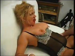 Blondine Wird Geil Gefickt (french)