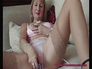 Mature Stocking Slut Pussy Play