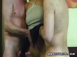 Amateur Homemade Threesome With Cumshot