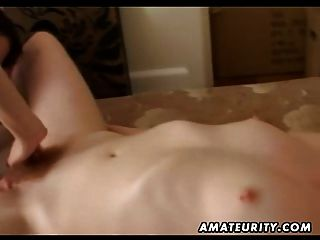 Amateur Lesbian Girlfriends Homemade Pussy Licking