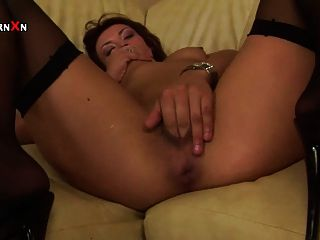 Pussy Fisting Session With Kinky Brunette Elle