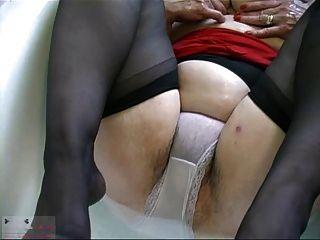 Grannie Hairy Pussy R20